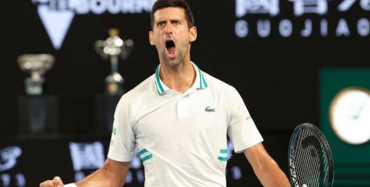 Novak Djokovic no falló ante la sorpresa del torneo y se instaló en la final del Abierto de Australia   El Diario 24