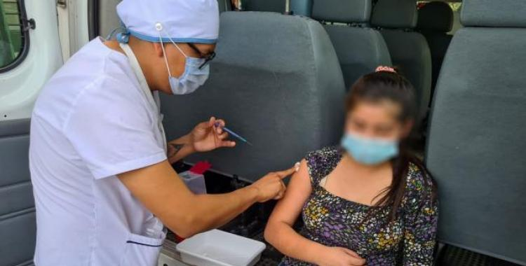 Vacunan a adolescentes alojados en hogares e institutos tucumanos | El Diario 24